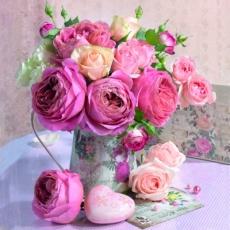 Prachtvoller Rosenstrauß in wundervoller Vase - Glorious bouquet of roses in wonderful vase - Bouquet de roses magnifique dans le vase merveilleux