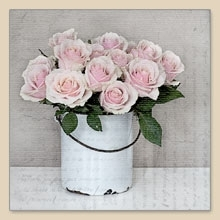 ein Eimer voller Rosen - a bucket full of roses - un seau plein de roses