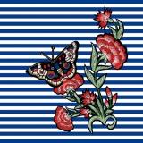 gemalte Rosen und Schmetterling