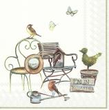 Vögel, Schmetterlinge, Vogelhaus, Stühle, Gieskanne