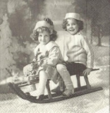 Nostalgische Schlittenfahrt - Nostalgic sledge ride -Nostalgique en traîneau