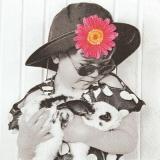 Blumenmädchen mit Hase - Flower girl with bunny - Fille de fleur avec le lapin