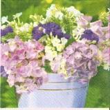 Großer Blumenstrauß mit Hortensien - Big flower bouquet of hydrangeas - Grand bouquet de fleurs avec hortensias