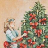 Die Kerzen am Weihnachtsbaum anzünden - Lighten up the candles on the Christmas tree - Allumez les bougies sur larbre de Noël
