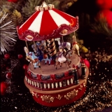 nostalgisches Kinderkarussell - nostalgic children carousel - Carrousel d enfants nostalgiques