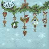 hängender Ilexzweig mit weihnachtlichen Accessoires - hanging branch with Christmas accessories - branche suspendue avec des accessoires de Noël