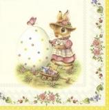 süsses Häschen bemalt ein Osterei - cute bunny painted an easter egg - joli lapin peint un oeuf de pâques