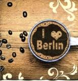 I love Berlin Spruch im Kaffee - I love Berlin saying in coffee - J aime Berlin en disant dans le café