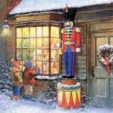 Riesen Nussknacker steht vor einen Spielzeugladen - Giant nutcracker stands in front of a toy shop - Casse-noisette géant se tient devant un magasin de jouets